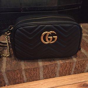 Black Gucci Marmont
